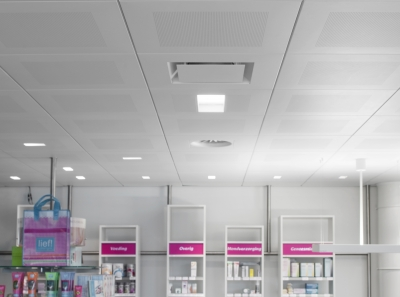 Architectural Ceiling Diffuser With Adjustable Core